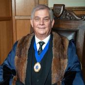 Senior Warden - Commander L.A. Chapman BEng MBA CMMar FNI RN